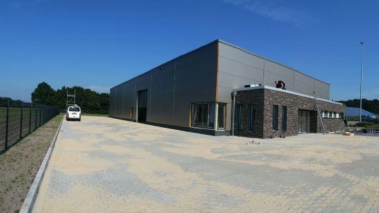 Produktionsgebäude in Ibbenbüren– Elektroarbeiten schreiten voran